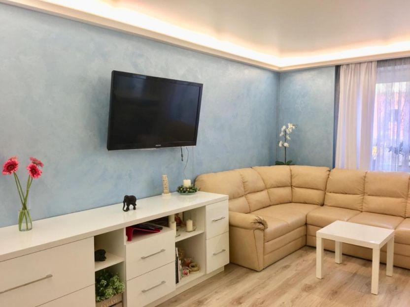Продается четырехкомнатная квартира за 6 800 000 рублей. Калининград, Центральный район, Зоологическая, 9в.