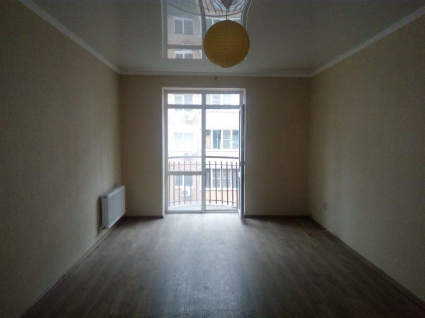 Продается однокомнатная квартира за 2 150 000 рублей. Краснодар, Прикубанский, им Есенина, 129/8.