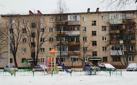 Продается трехкомнатная квартира за 2 700 000 рублей. Электросталь, Мира, 22а.