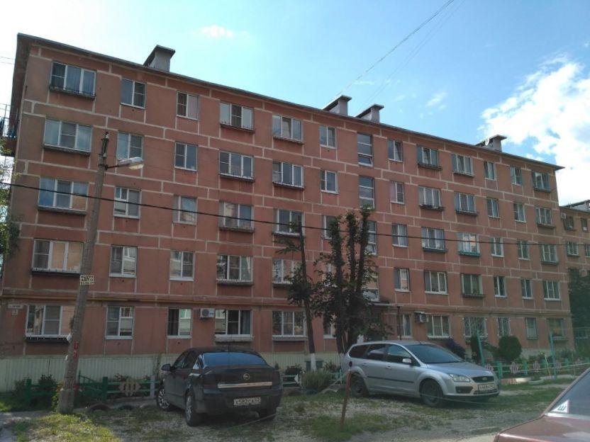 Продается однокомнатная квартира за 990 000 рублей. Рязань, Пугачева, 3.