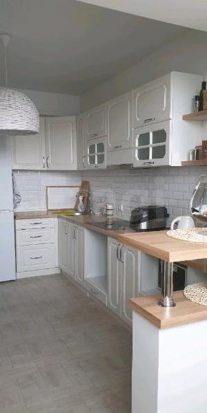 Продается трехкомнатная квартира за 5 500 000 рублей. Новокузнецк, Центральный район, Запорожская, 69а.