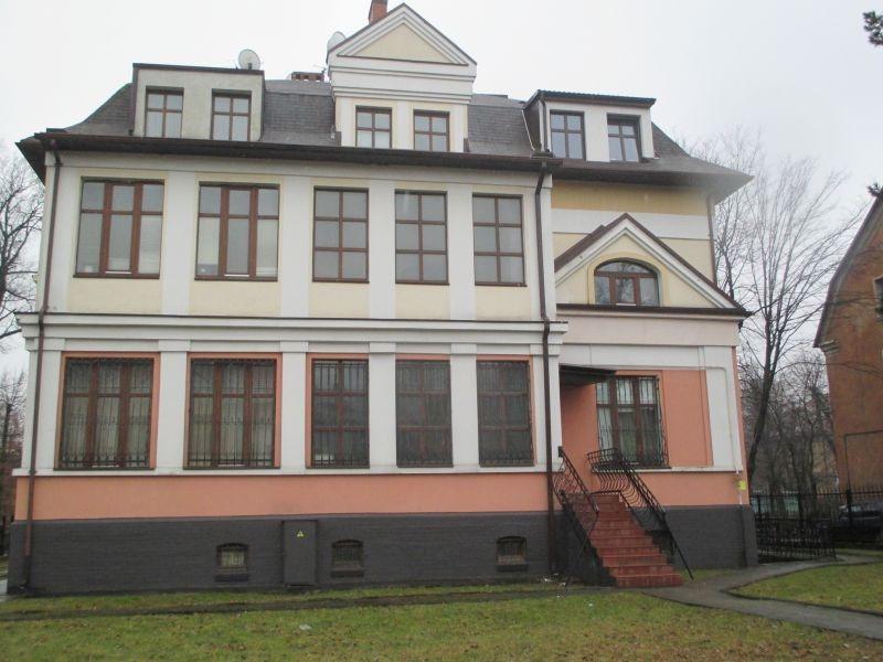 Продается четырехкомнатная квартира за 17 900 000 рублей. Калининградская область, Калининград,  район, Маршала Баграмяна, 20.