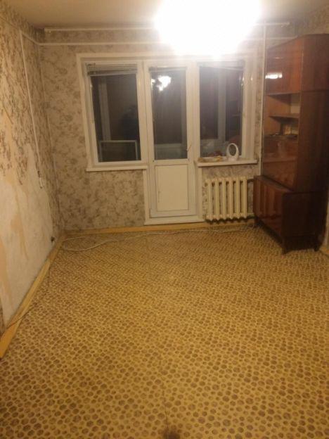 Продается двухкомнатная квартира за 2 050 000 рублей. Красноярск, Свердловский район, Семафорная, 233.