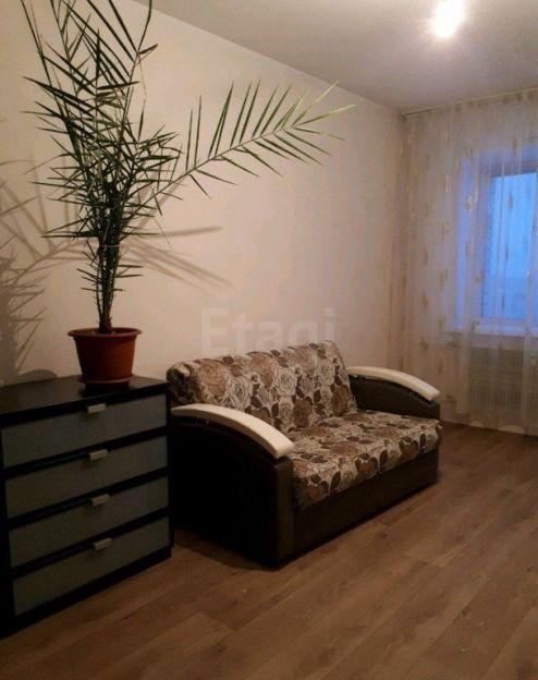 Продается трехкомнатная квартира за 4 700 000 рублей. Барнаул, Индустриальный район, Попова, 158.