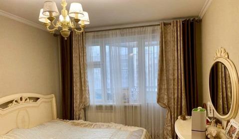 Продается двухкомнатная квартира за 9 500 000 рублей. Одинцово, Можайское шоссе, 45а.