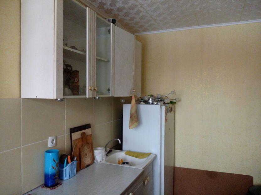 Продается однокомнатная квартира за 1 430 000 рублей. Пермь, Орджоникидзевский район, Памирская, 28.