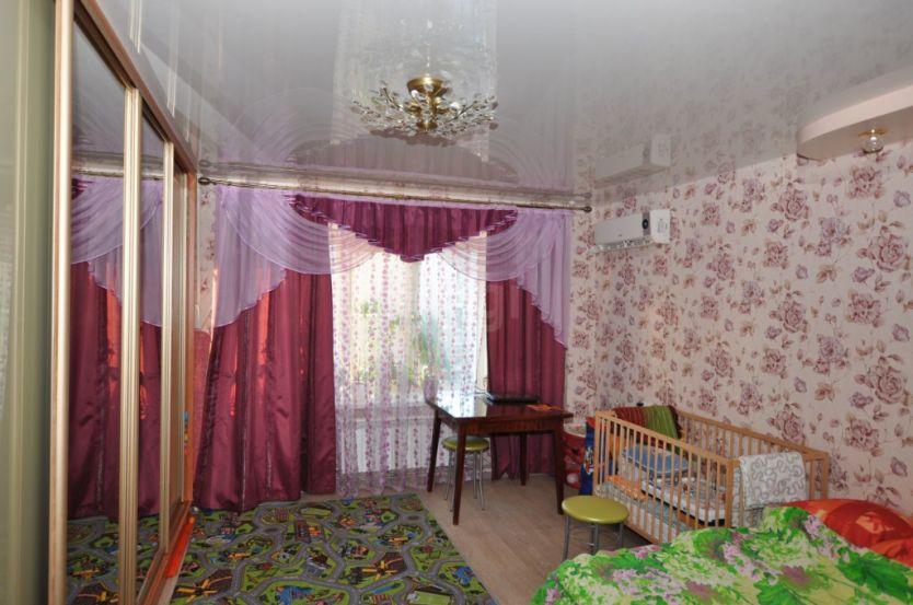 Продается однокомнатная квартира за 2 260 000 рублей. Нижний Новгород, Автозаводский район, Львовская, 21.
