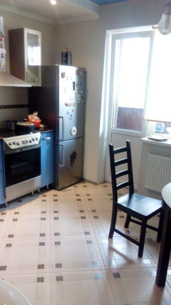 Продается двухкомнатная квартира за 3 700 000 рублей. Краснодар, Прикубанский, Восточно-Кругликовская, 72.