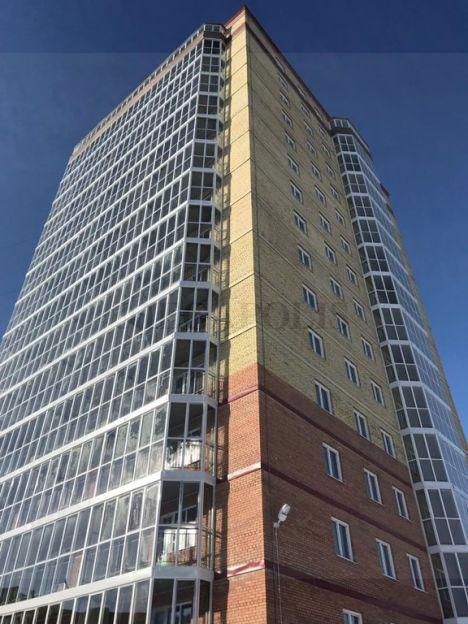 Продается трехкомнатная квартира за 2 850 000 рублей. Омск, Советский район, Королева проспект, 3 корп. 3.
