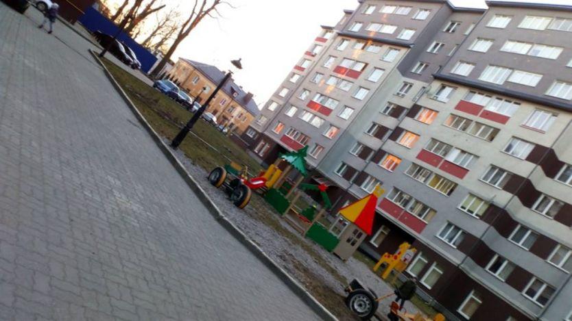 Продается двухкомнатная квартира за 5 300 000 рублей. Калининград, Центральный район, Бассейная, 36.