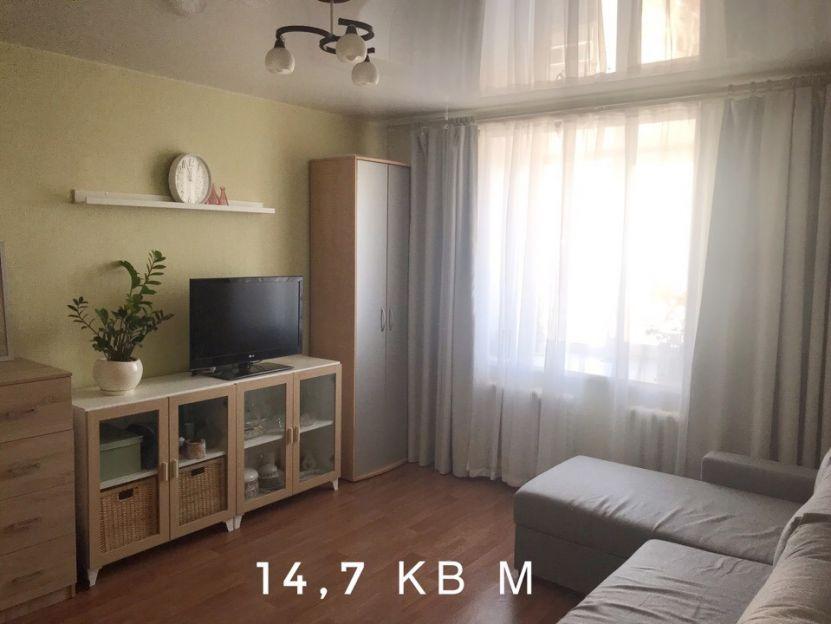 Продается двухкомнатная квартира за 2 150 000 рублей. г Барнаул, ул Смирнова, д 46.