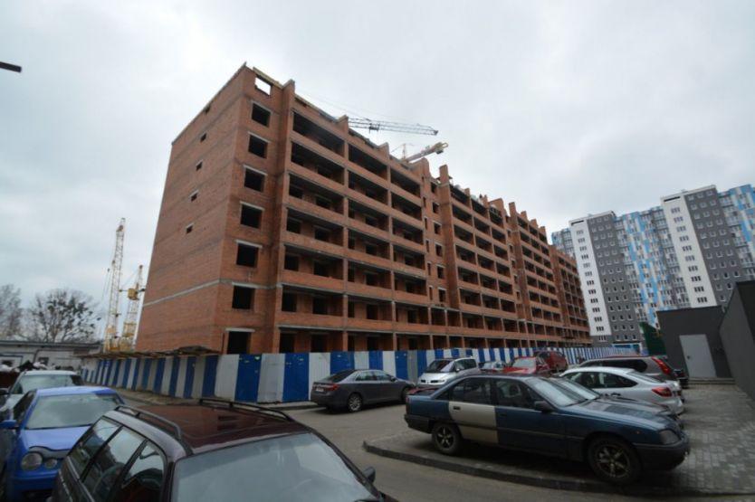 Продается двухкомнатная квартира за 3 700 000 рублей. Калининград, Ленинградский район, Старшины Дадаева, 65а.