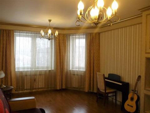 Продается трехкомнатная квартира за 8 450 000 рублей. Московская обл, г Электросталь, ул Советская, д 17А.