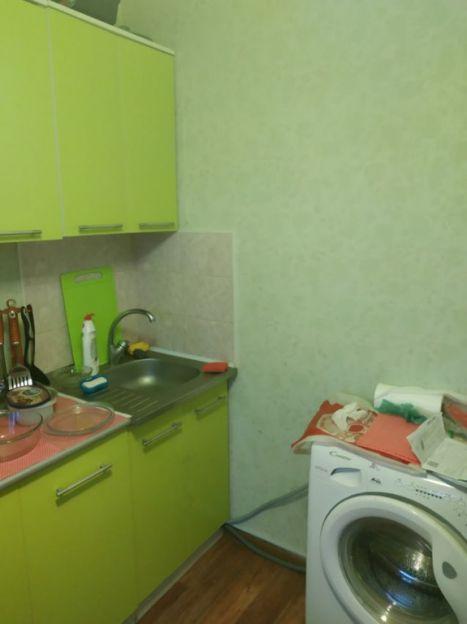 Продается однокомнатная квартира за 1 100 000 рублей. г Саратов, ул Каспийская, д 1.