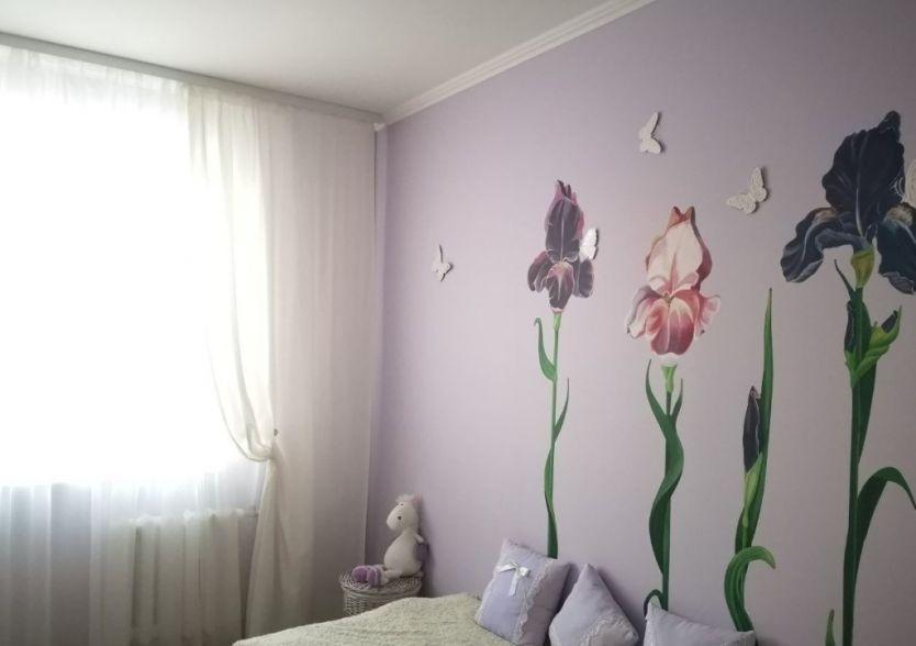 Продается трехкомнатная квартира за 3 730 000 рублей. Кемерово, Рудничный район, Кедровый бульвар, 6.