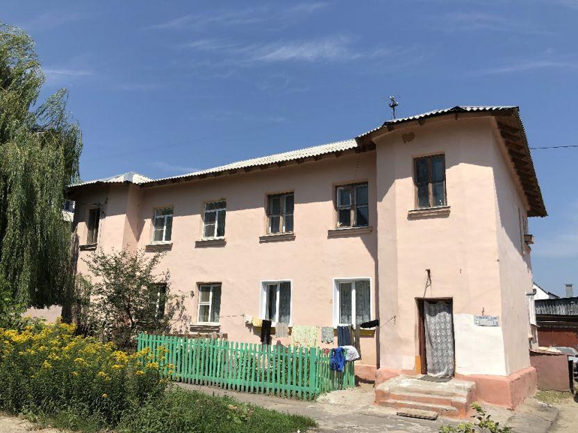 Продается трехкомнатная квартира за 1 500 000 рублей. Курск, Моковский 4-й переулок, 1/6.