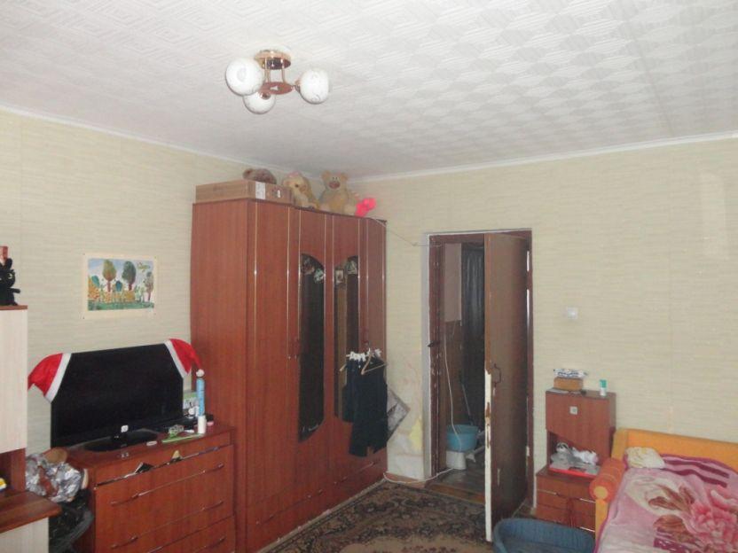 Продается трехкомнатная квартира за 2 100 000 рублей. Кострома, Березовый проезд, 3.