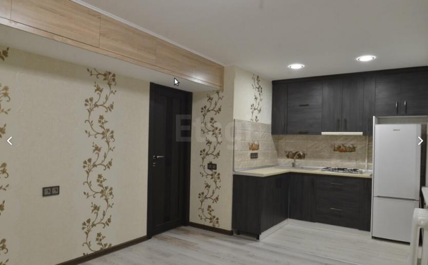 Продается однокомнатная квартира за 2 100 000 рублей. Барнаул, Октябрьский район, Брестская, 12.