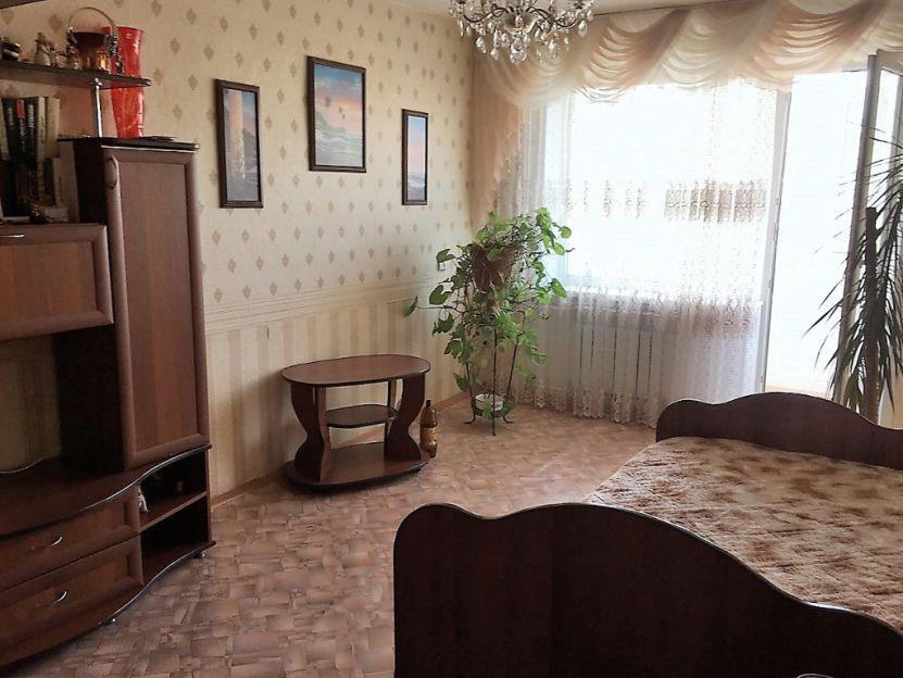 Продается однокомнатная квартира за 2 000 000 рублей. Калуга, Ленинский район, Пионерская, 16.