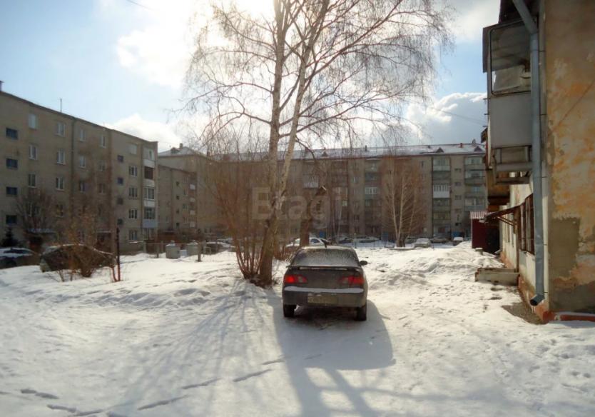 Продается двухкомнатная квартира за 1 699 000 рублей. Барнаул, Железнодорожный район, Рылеева, 17.