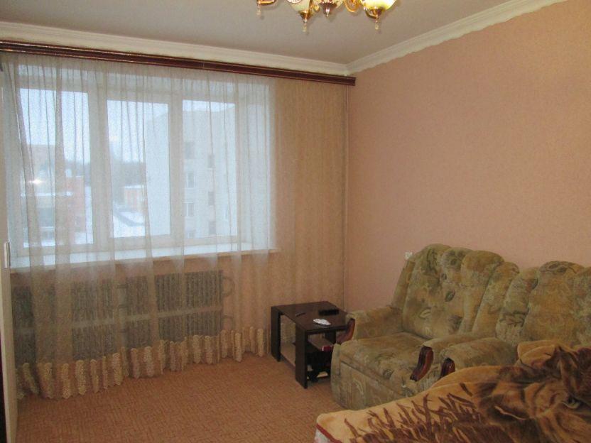 Продается двухкомнатная квартира за 2 250 000 рублей. Курск, Институтская, 48.