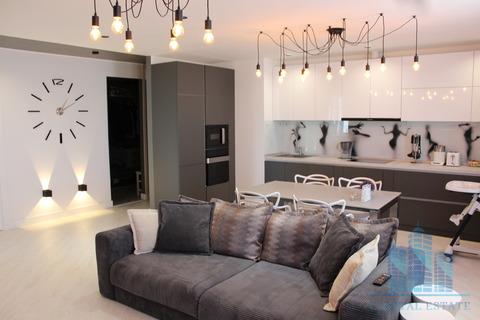 Продается трехкомнатная квартира за 13 000 000 рублей. Красногорск, Авангардная, 6.