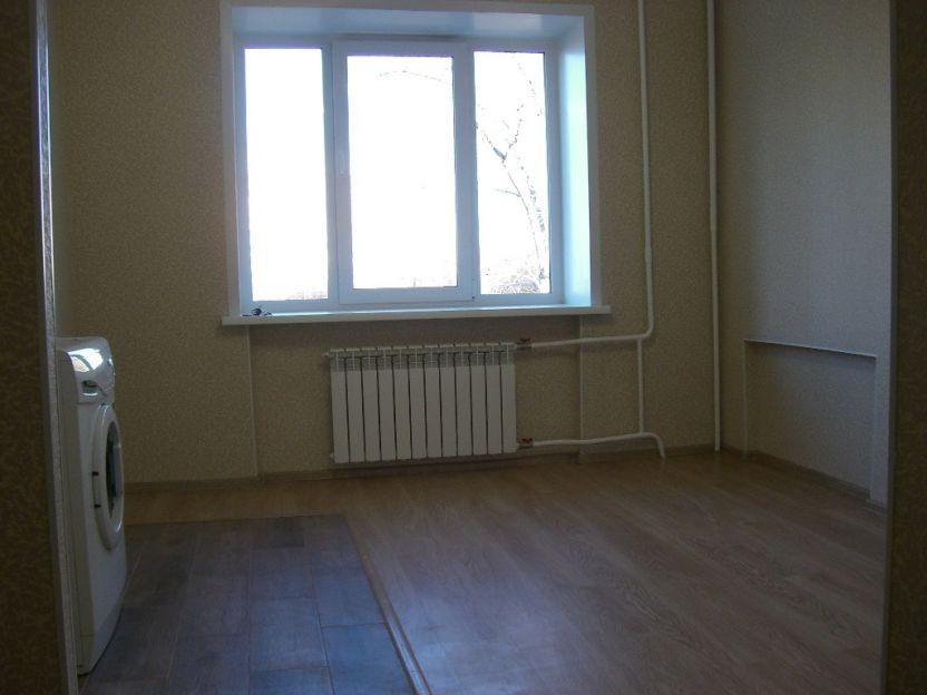 Продается однокомнатная квартира за 1 350 000 рублей. Красноярск, Железнодорожный район, Демьяна Бедного, 22.