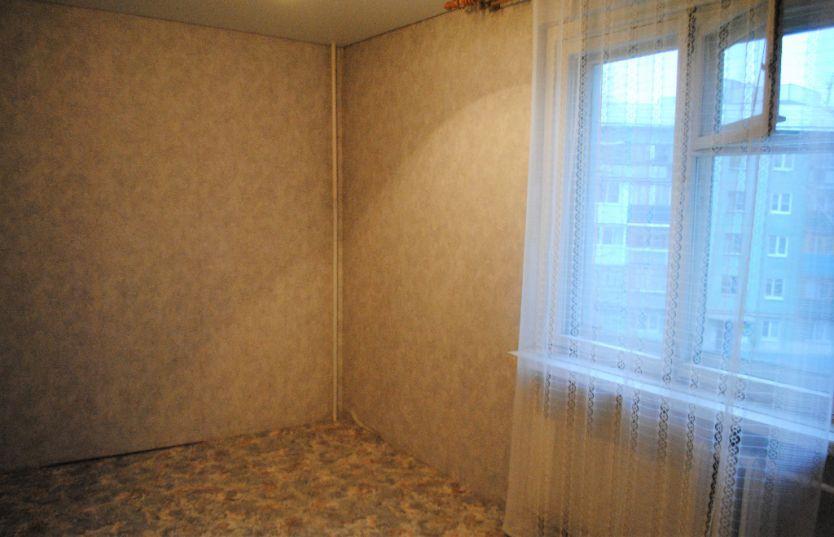 Продается четырехкомнатная квартира за 2 300 000 рублей. Самарская область, Новокуйбышевск, Киевская, 88.