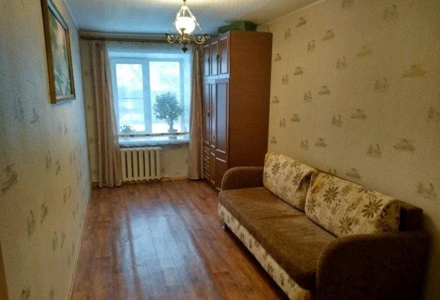 Продается двухкомнатная квартира за 1 770 000 рублей. Кострома, Смирнова Юрия, 41.