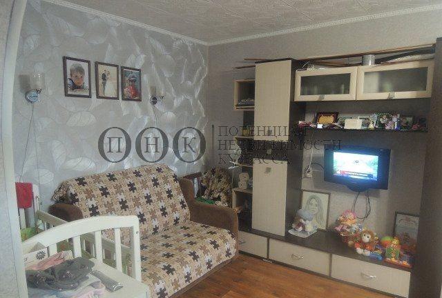 Продается двухкомнатная квартира за 1 990 000 рублей. Кемерово, Центральный район, Сибиряков-Гвардейцев, 320.