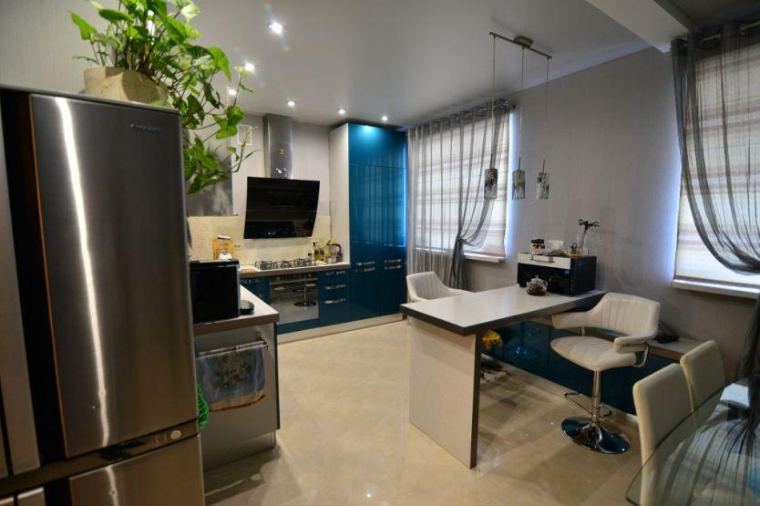 Продается трехкомнатная квартира за 6 800 000 рублей. Кострома, Симановского, 50б.