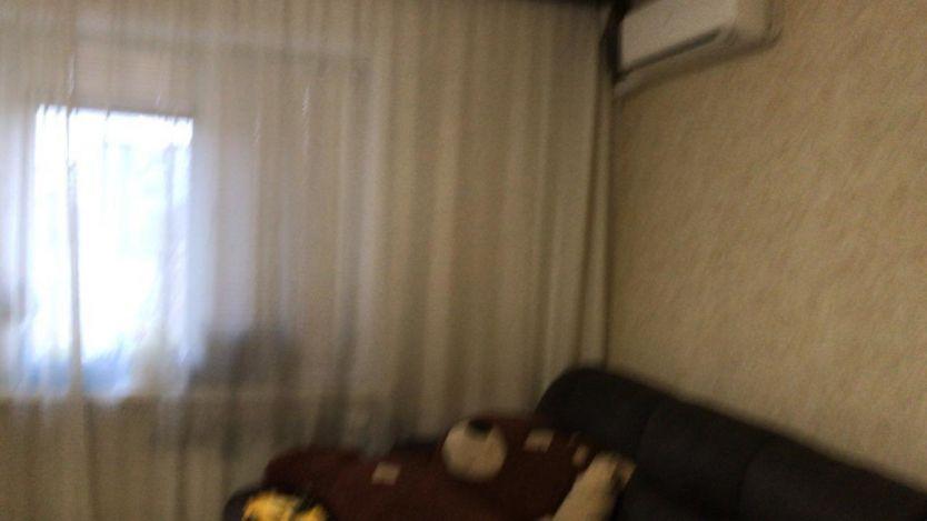 Продается двухкомнатная квартира за 3 500 000 рублей. г Красноярск, Светлогорский пер, д 6.