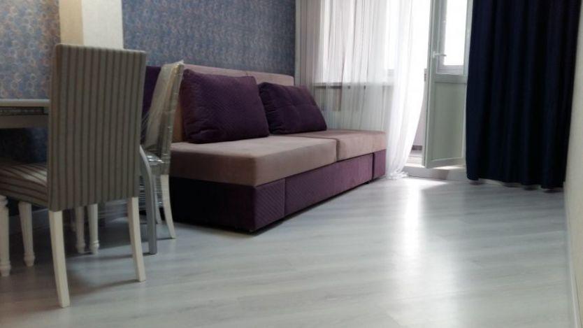 Продается двухкомнатная квартира за 3 690 000 рублей. г Саратов, ул им Чернышевского Н.Г., д 137А.
