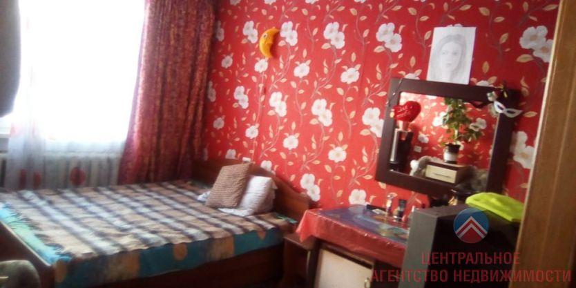 Продается двухкомнатная квартира за 2 400 000 рублей. Новосибирск, Советский район, Энгельса, 8.
