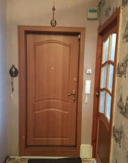 Продается трехкомнатная квартира за 2 800 000 рублей. Омск, Советский район, Заозерная, 40.