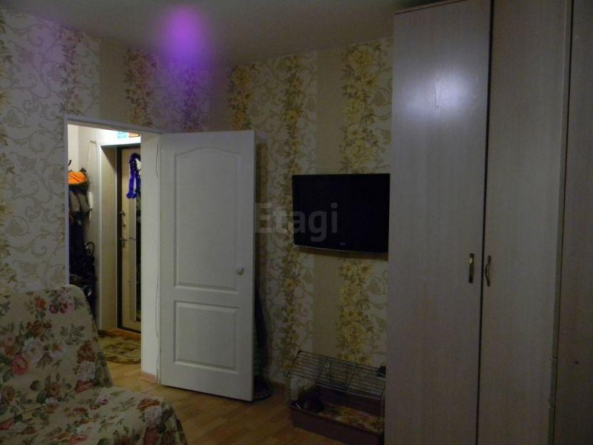 Продается однокомнатная квартира за 1 200 000 рублей. Кемерово, Кировский район, 40 лет Октября, 9 корп. 2.