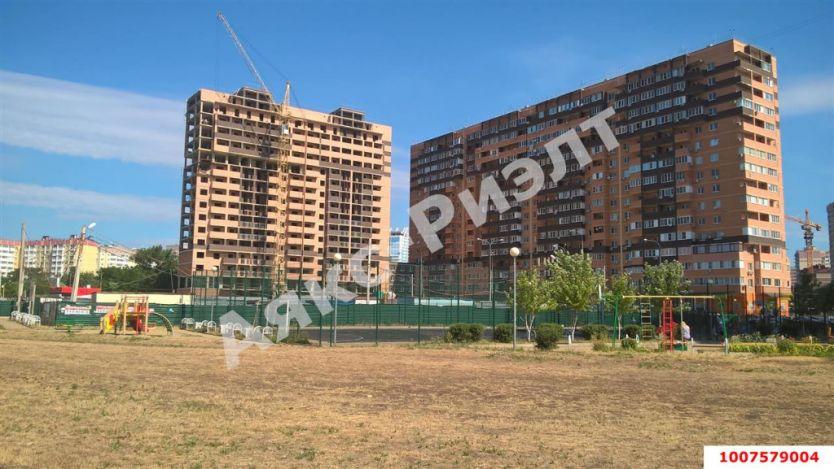 Продается двухкомнатная квартира за 2 505 740 рублей. Краснодар, Карасунский, им Валерия Гассия, 2.
