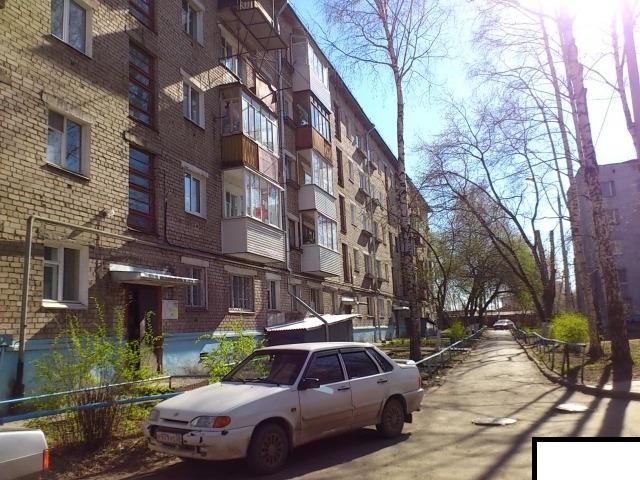 Продается двухкомнатная квартира за 2 650 000 рублей. г Пермь, ул Танкистов, д 78.