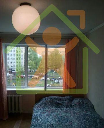 Продается однокомнатная квартира за 920 000 рублей. Кемерово, Заводский район, Федоровского, 26.