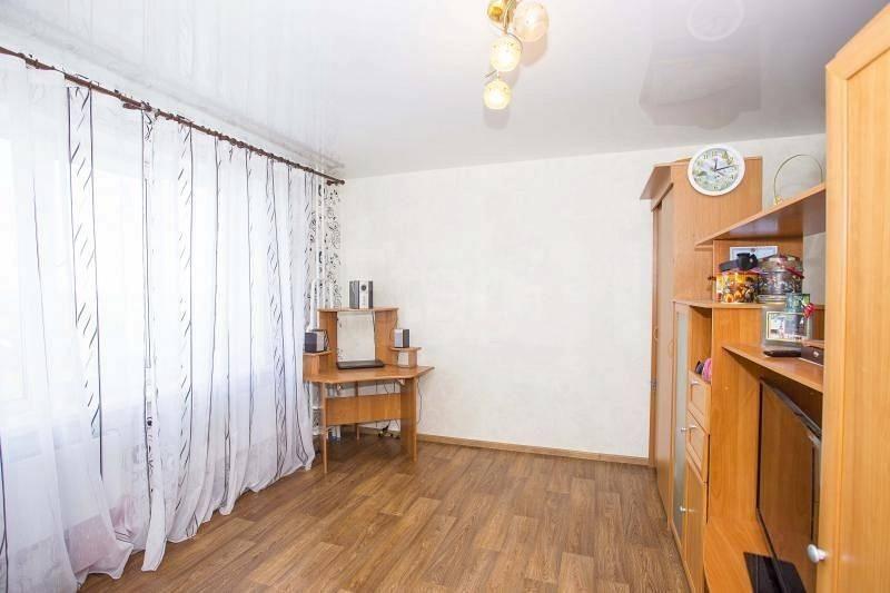 Продается однокомнатная квартира за 2 080 000 рублей. Новосибирск, Кировский район, Николая Сотникова, 12.