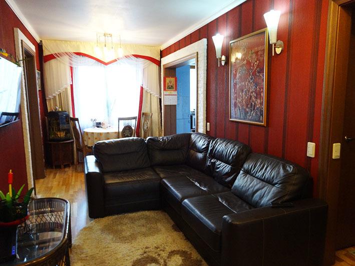 Продается четырехкомнатная квартира за 3 750 000 рублей. Челябинск, Калининский район, Университетская Набережная, 36.