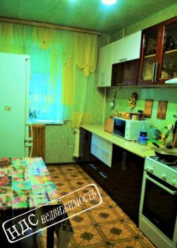 Продается четырехкомнатная квартира за 3 080 000 рублей. Курск, Хуторская, 9.