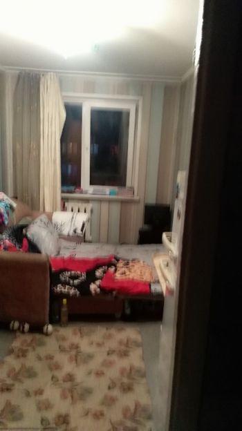 Продается однокомнатная квартира за 850 000 рублей. Красноярск, Свердловский район, 60 лет Октября, 112.