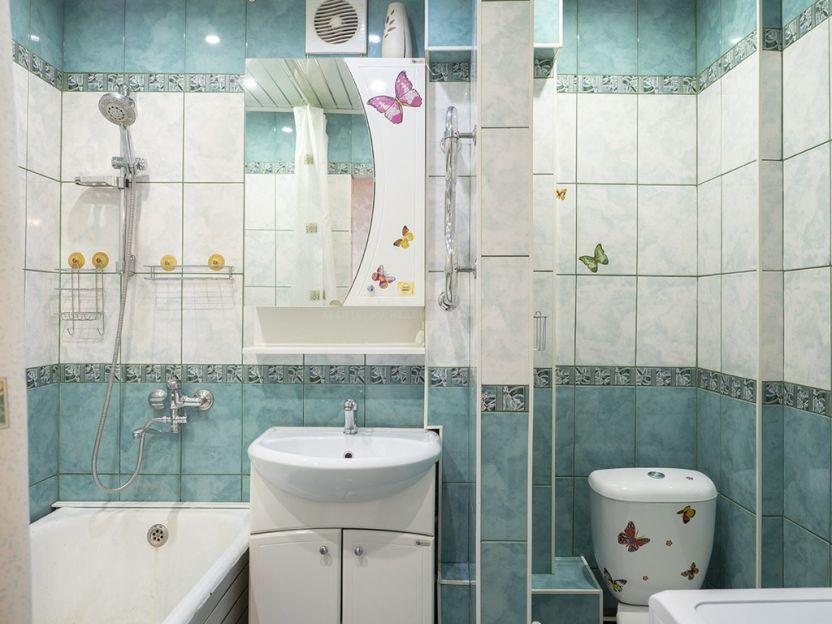 Продается трехкомнатная квартира за 5 190 000 рублей. г Новосибирск, Красный пр-кт, д 98.
