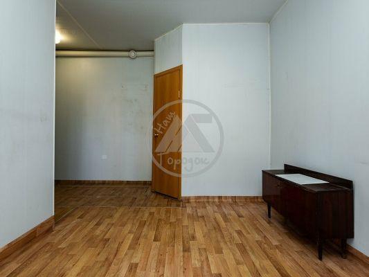Продается однокомнатная квартира за 750 000 рублей. г Курган, ул Советская, д 102.