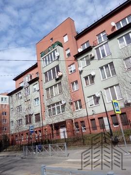 Продается однокомнатная квартира за 3 050 000 рублей. Калининград, Тенистая аллея, 34.