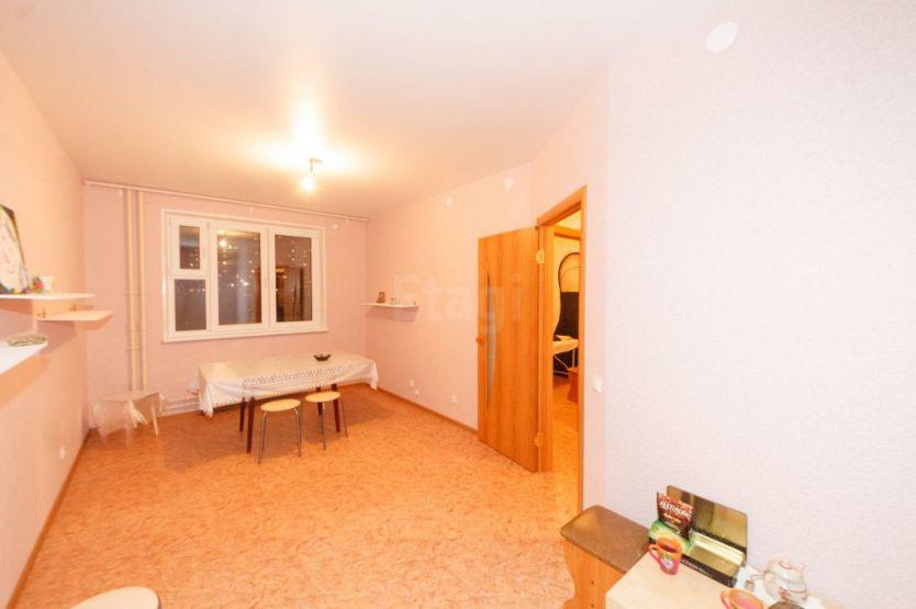 Продается однокомнатная квартира за 2 400 000 рублей. Нижний Новгород, Автозаводский район, Южный бульвар, 21.