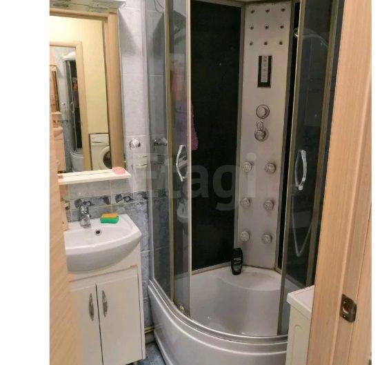 Продается однокомнатная квартира за 1 240 000 рублей. Кемерово, Ленинский район, Московский проспект, 25.
