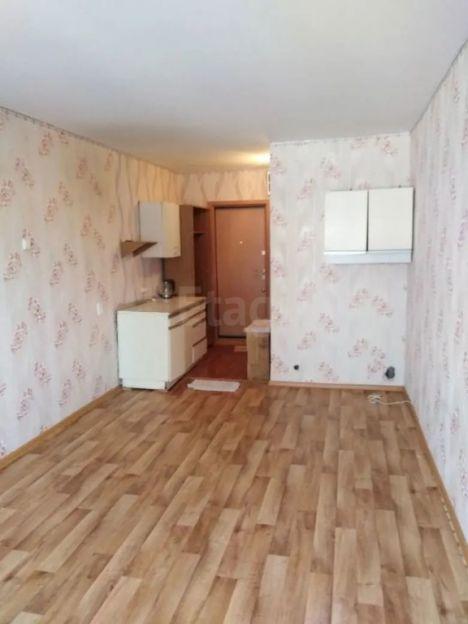 Продается однокомнатная квартира за 850 000 рублей. Кемерово, Ленинский район, Строителей бульвар, 19.