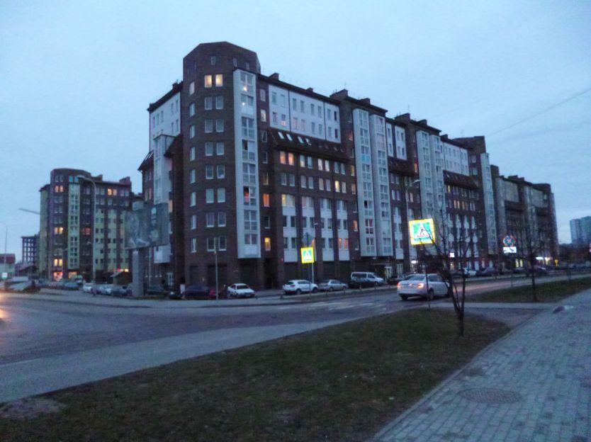 Продается двухкомнатная квартира за 5 000 000 рублей. Калининград, Ленинградский район, Артиллерийская, 58.